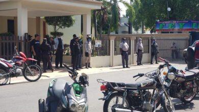 Photo of Ante posible piquete colocan cerco policial en Palacio Municipal
