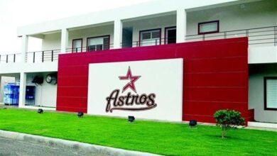 Photo of Los Astros confirman caso coronavirus; Vigilantes cierran campo de entrenamiento.