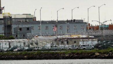Photo of Desmantelan red que introducía cómics empapados en droga en cárcel de Nueva York