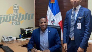 Photo of El Boli propone designar la sede del Ministerio de Educación con el nombre de Yvelisse Prats