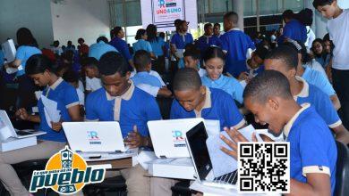 Photo of Solo estudiantes dotados por gestión anterior tienen equipos; los demás aún esperan