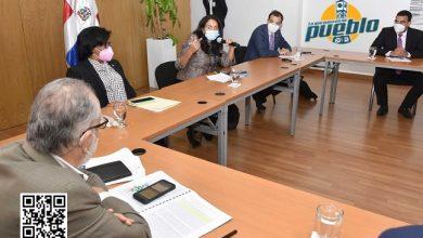 Photo of Ministerio de Economía dialoga con congresistas sobre proyectos inversión