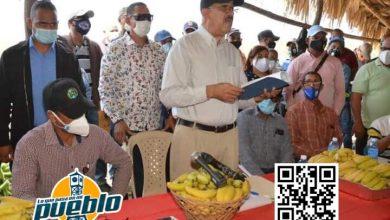Photo of Director del IAD Leonardo Faña trajo soluciones al asentamiento Jaramillo de Montecristi.