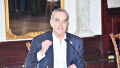 """Photo of Abinader advierte """"vamos a tener que ir a restricciones mayores"""" si no se cumplen medidas sanitarias"""