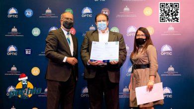 Photo of Hacienda recibe  certificación por cumplimiento de norma sobre el Desarrollo del Software en el Estado