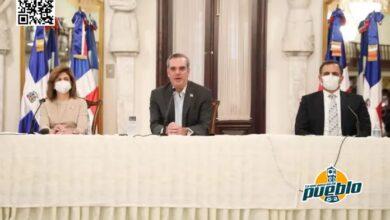 Photo of Gobierno reduce déficit fiscal en 77 mil millones; aumenta a 10,600 millones Reservas BC