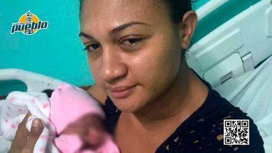 Photo of Nace hija de hombre ultimado por PN en Montecristi momento en que sepultaban a su padre