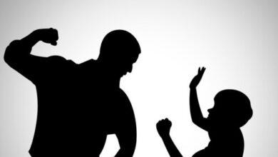 Photo of Dos mujeres ruegan a las autoridades detener a su propio padre antes de que las maten