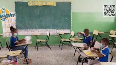 Photo of Otros 21 municipios van a clases semipresenciales a partir del 11 de mayo