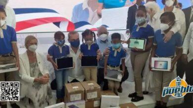 Photo of Gobierno recibió medio millón de tabletas para estudiantes de primaria