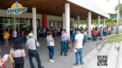 Photo of Abarrotan centros de vacunación ubicados en la Plaza Duarte y en sucursal de Plaza Lama