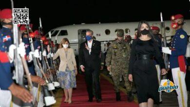 Photo of Presidente Abinader llega al país tras asistir a toma de posesión en Ecuador