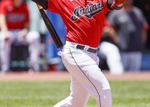 Photo of José Ramírez jonronea en el triunfo de Cleveland