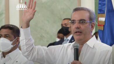 Photo of Luis Abinader juramenta 393 nuevas cooperativas