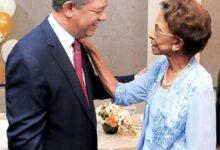 Photo of Muere doña Yolanda Reyna, madre del expresidente Leonel Fernández