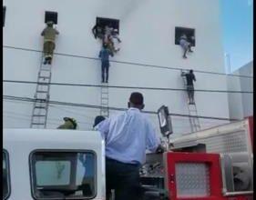 Photo of Evacuan a unas 40 personas tras incendio en una clínica de La Romana
