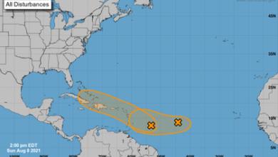 Photo of Dos sistemas tropicales evolucionan y amenazan a las Antillas Menores